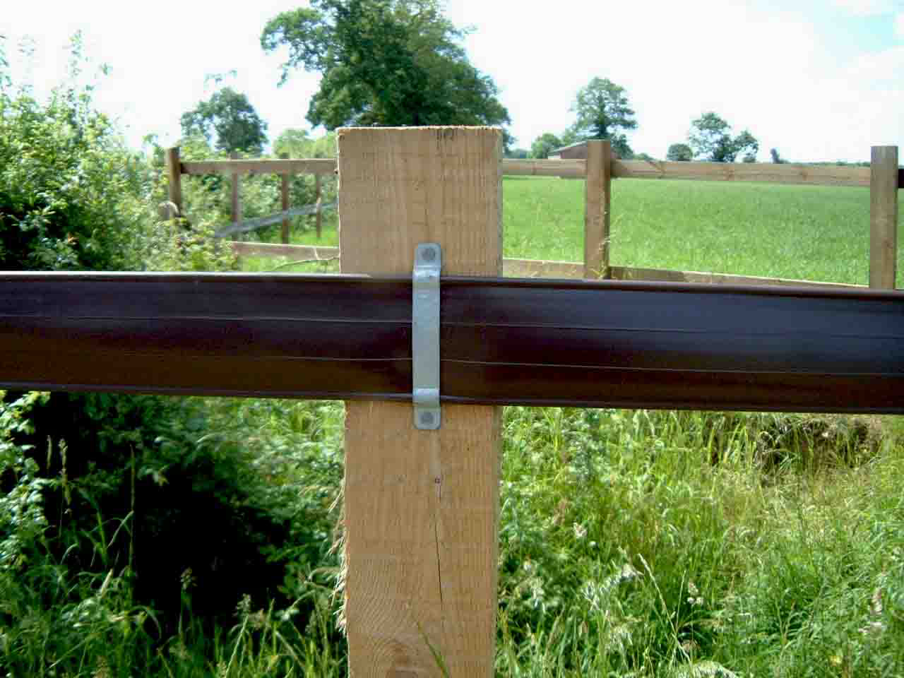 Welcome to pvc horse fencing